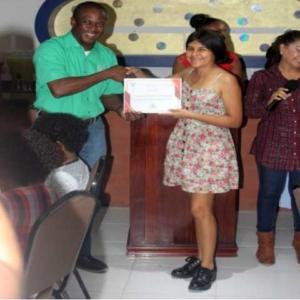 Encuentro-de-muralistas-en-Honduras