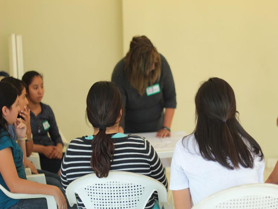 Primer-taller-de-becarias-del-año-2020